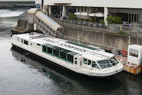 横浜港シーバス